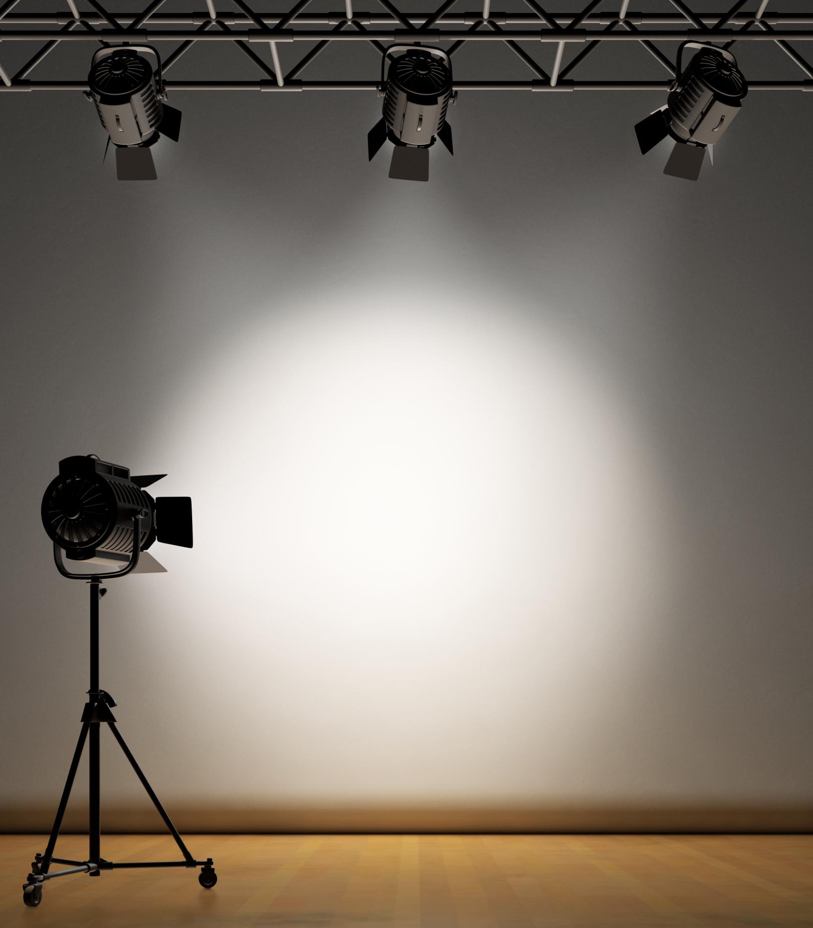 spotlight-parisio-tamara